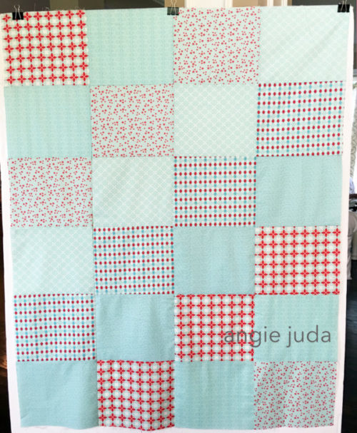 Fat-Quarter-Quilt-Blue
